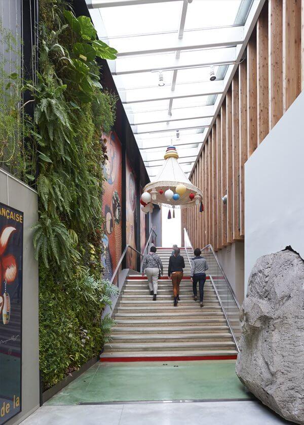 EUREKA - reportage Musée de la Vache Qui Rit